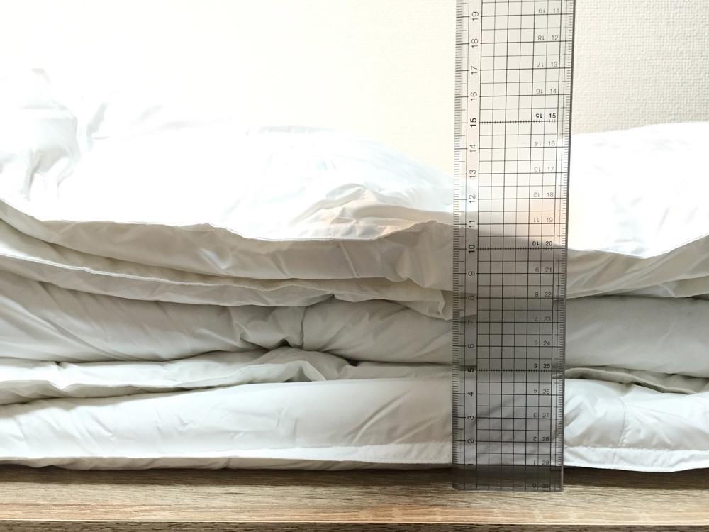 ニトリ羽毛布団-厚み