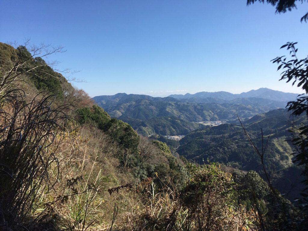 石谷山ハイキングコース 藤枝方面が見える