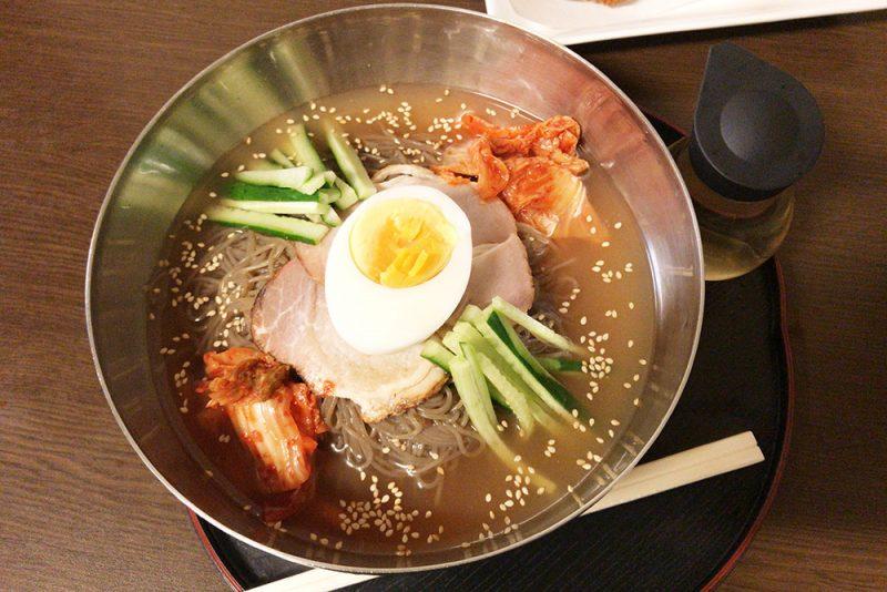 「サウナしきじ」酸味強めの冷麺