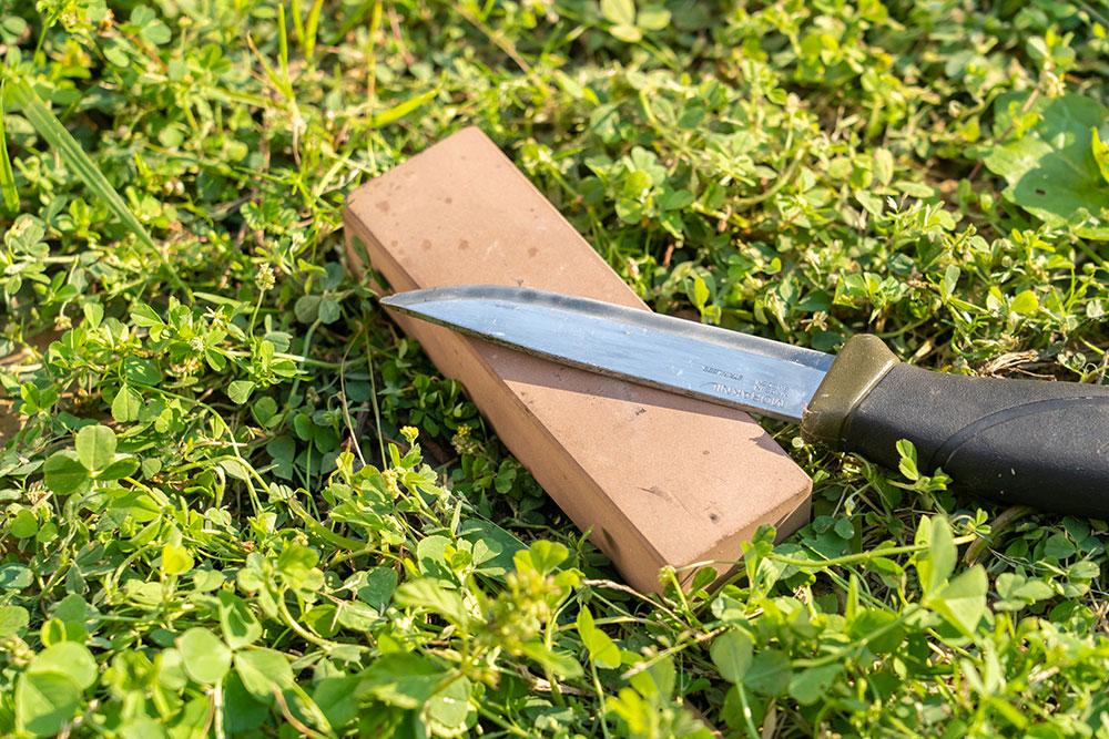 キャンプ用ナイフの超簡単なメンテナンス